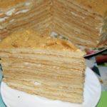 Торт с зефиром и фруктами
