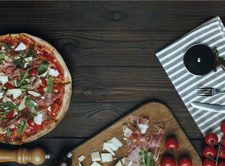 Преимущества доставки пиццы на дом