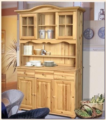 Деревянная мебель из массива сосны для дачи